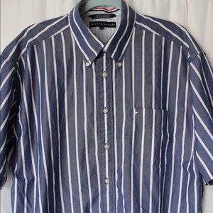 Vintage Tommy Hilfiger Button Up Short Sleeve